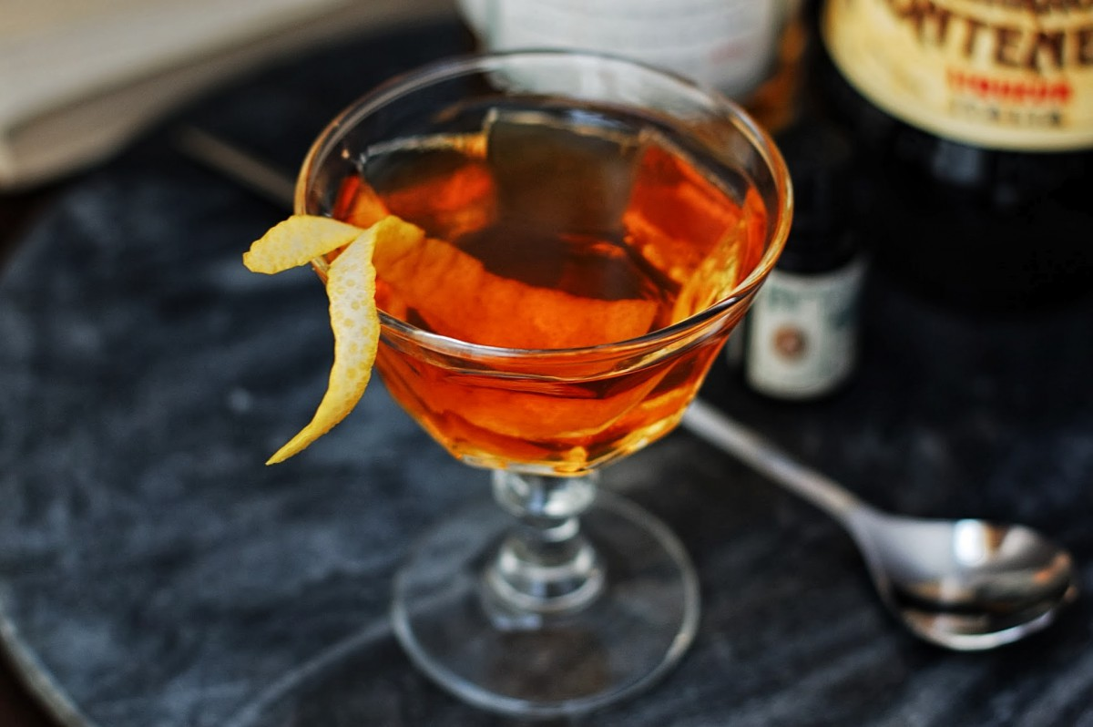 drink Cocktail Old Tom in Georgia - by Sterling Property Advisors